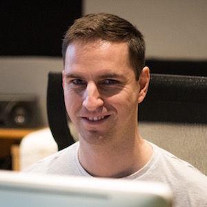 Zvukař Rostislav Koňařík při práci ve studiu MIXING.TODAY